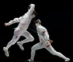 Israeli Cadets take both Golds at the 2012 World Junior Fencing Championship on http://sizedoesntmatter.com