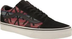 Vans Black And Blue Old Skool Moroccan Geo Vans draw some seasonal inspiration from Moroccan prints, as their Old Skool Geo arrives for Spring/Summer. The Old Skool arrives in black suede, with colourful woven detail in tonal pink and blue. Br http://www.comparestoreprices.co.uk/january-2017-8/vans-black-and-blue-old-skool-moroccan-geo.asp