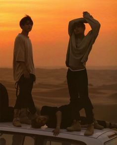 never forget jimin can do the splits : Photo