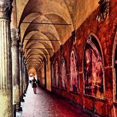 Bologna, foto di @cinziaf , Portico di San Giacomo Maggiore dal CONCORSO I PORTICI DI BOLOGNA
