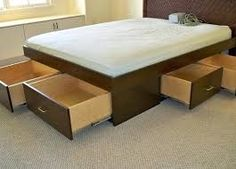 Finding storage in a small bedroom is a problem that many have encountered. This article shows you 6 most popular and effective under bed storage ideas and tips New Bedroom Design, Home Interior Design, Toilette Design, Fold Out Beds, Sectional Sleeper Sofa, Restroom Design, Drawer Design, Bed With Drawers, Under Bed Storage