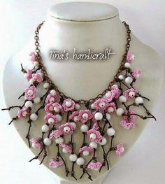 Tina's handicraft : NECKLACE