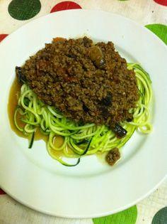 Paleo Spaghetti Bolognaise, zoodles, zucchini noodles