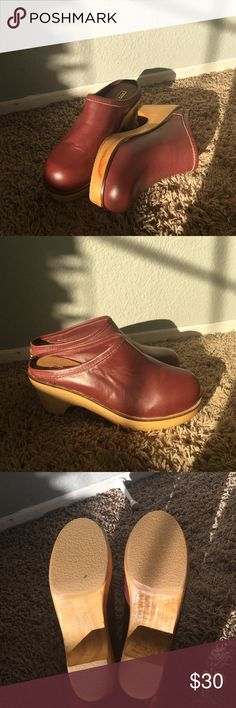 """Urban outfitters clogs heels New Maroon BDG clogs. Very comfy and cute, never wore them, even though I love them so! Nothing wrong just the leather on the right shoe is """"wrinkly"""", more than the left one. Urban Outfitters Shoes Mules & Clogs"""