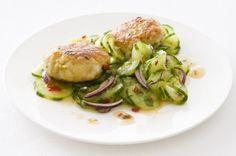 Asia-Gurkensalat mit Garnelen-Buletten | Effilee