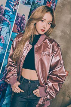 Kpop Girl Groups, Korean Girl Groups, Kpop Girls, Savage Girl, Korean Girl Band, Evisu, Sinb Gfriend, G Friend, Girl Bands