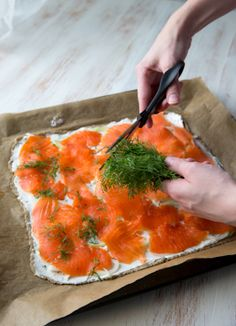 Finland Food, Smoked Salmon Pizza, Fish Dishes, Curry, Food And Drink, Appetizers, Yummy Food, Dinner, Eat
