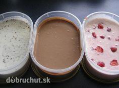 Fotorecept: Jogurtová zmrzlina 500 ml biely jogurt 500 ml smotana na šľahanie 5 PL práškový cukor kakao jahody čokoláda šľahačku vyšľaháme, pridáme cukor a už bez šľahania zamiešame jogurt. Low Carb Recipes, Snack Recipes, Cooking Recipes, Snacks, Ice Ice Baby, Sweet Recipes, Food And Drink, Smoothie, Pudding
