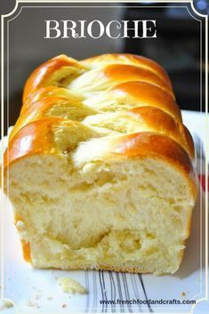 Brioche bread recipe baked in the oven without the use of a bread machine. - - Brioche bread recipe baked in the oven without the use of a bread machine. food Brioche bread recipe baked in the oven without the use of a bread machine. Easy Bread Recipes, Baking Recipes, Bread Maker Recipes, Challah Bread Recipes, Dessert Recipes, Bread Machine Brioche Recipe, Dessert Bread Machine Recipes, Butter Brioche, Meals