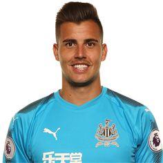 Karl Darlow Black N White, Goalkeeper, Newcastle, Football Players, Premier League, Polo Ralph Lauren, Army, Profile, News