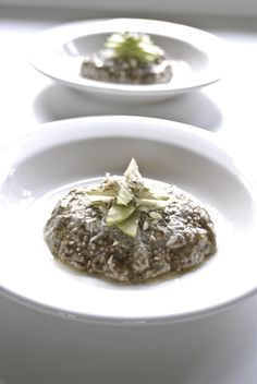 Chia-Porridge-with-Sliced-Granny-Smith-Apples,-Candied-Pecan-&-Caramel