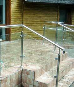 Herra Design |   Balustrade din sticla