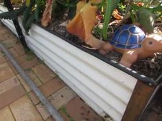 Wicking bed how to.. A self watering garden bed..