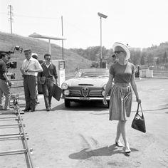 Brigitte Bardot sul set del film Il disprezzo. Roma, 13 maggio 1963