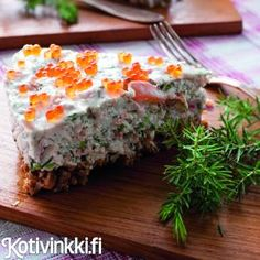 Lohikakku | Kotivinkki Savory Pastry, Fish Recipes, Margarita, Quiche, Food And Drink, Appetizers, Baking, Eat, Breakfast