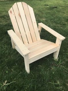 Adirondack Chair Plans Step-by-Step Instructions - Chisel Fork - 19 diy projects With Pallets adirondack chairs ideas Outdoor Furniture Plans, Diy Garden Furniture, Woodworking Furniture Plans, Country Furniture, Studio Furniture, Woodworking Projects, House Furniture, Furniture Ideas, Furniture Design