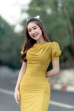 Traditional Dresses Designs, Traditional Outfits, Traditional Design, White Short Sleeve Tops, Short Sleeve Dresses, Myanmar Dress Design, Myanmar Women, Myanmar Traditional Dress, Frock For Women