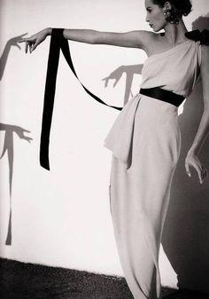 ** Christy Turlington **  ~ Chanel 1991 ~