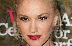 How To Throw a Baby Shower Like Gwen Stefani Makeup Trends, Beauty Trends, Makeup Ideas, Makeup Inspo, Makeup Tips, Wedding Hair And Makeup, Hair Makeup, Vintage Bridal Makeup, Cosmo Girl