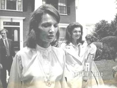 First Lady Jacqueline Bouvier Kennedy July 28, 1929 – May 19, 1994)Coming out of Howard Johnson's after during there.With Her Sister .....Caroline Lee Bouvier (born March 3, 1933), Princess Lee Radziwill ❤❃❤❀❤❀❤❃❤ http://en.wikipedia.org/wiki/Jacqueline_Kennedy_Onassis    http://en.wikipedia.org/wiki/Lee_Radziwill