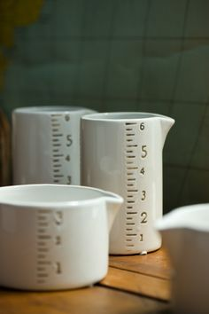 cool measuring cups