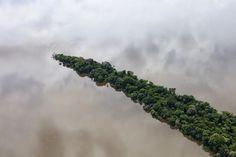 The Fragility Of Nature Captured By Daniel Beltrá – iGNANT.de