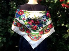 Russian shawl - one of the most unique products known worldwide. They store the warmth and kindness of more than two hundred years. Shawls are made