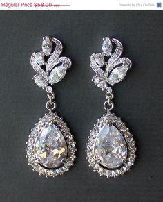15 OFF SALE Bridal Chandelier Earrings Crystal Leaf by JamJewels1