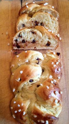 Soft brioche with thermomix - Thermovivie - Bread Recipes Thermomix Bread, Thermomix Desserts, Cooking Chef, Cooking Recipes, Bread Recipes, Gluten Free Recipes For Dinner, Dessert Bread, Food Inspiration, Love Food