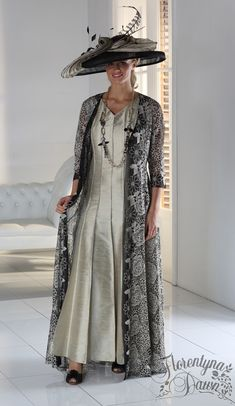 Florentyna Dawn Long V-Necked Francesca Panelled Dress with Diamante Black and Gold Long Lace Jacket