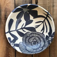 This piece has hand-built using a midrange stoneware clay body for durability and dishwasher safe. I used the sgraffito technique to create the design on the piece. Flower Pattern Drawing, Clay Texture, Plate Design, Sgraffito, Pottery Painting, Stoneware Clay, Clay Projects, Zentangles, Textures Patterns