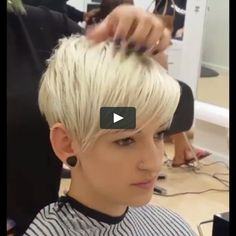 Today we have the most stylish 86 Cute Short Pixie Haircuts. We claim that you have never seen such elegant and eye-catching short hairstyles before. Pixie haircut, of course, offers a lot of options for the hair of the ladies'… Continue Reading → Haircuts For Fine Hair, Haircut For Thick Hair, Short Pixie Haircuts, Cute Hairstyles For Short Hair, Swing Bob Hairstyles, Short Undercut Hairstyles, Short Pixie Cuts, Messy Pixie Haircut, Pixie Haircut Styles