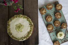 zucchini cakes. — vermilion red Vermilion Red, Zucchini Cake, Cakes, Zucchini Meatloaf, Zucchini Pie, Cake Makers, Kuchen, Cake, Pastries