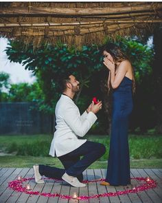 Currently, all you need to do is buy the ring and propose her in the best way, to make her say YES. Here list of the best proposal ideas Proposal Photography, Proposal Photos, Wedding Photography, Proposal Ideas, Surprise Proposal, Pre Wedding Photoshoot, Wedding Shoot, Star Choice, Best Proposals