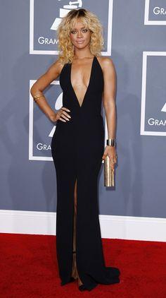 Rihanna Black Dress Grammy 2012 Red Carpet Dress for sale, Custom celebrity dresses! Rihanna Black Dress, Dress Black, Black Gowns, Rihanna Style, Celebrity Red Carpet, Celebrity Style, Armani Gowns, Celebrity Gallery, Dressing Rooms