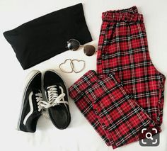 40 Winter Fashion Outfit Ideas for Women Women Fashion Dresses T Girl Outfits Dresses fashion Ideas outfit winter women Cute Casual Outfits, Edgy Outfits, Grunge Outfits, Cute Summer Outfits, Retro Outfits, Vintage Outfits, Fashionable Outfits, Fashion Vintage, Teenage Outfits