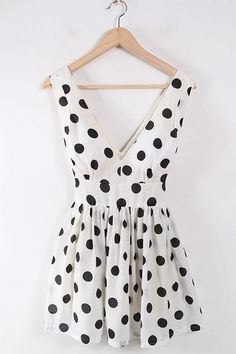 oasap   polka dot dress $49. @Meillany Piedra