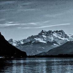 Cime de l'Est m) La Forteresse m) Dent Jaune m) et Haute Cime m) Carpe Diem, Mount Everest, Mountains, Nature, Photos, Travel, Lake Geneva, Naturaleza, Pictures