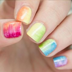 This nails from The Nailasaurus look so elegant. But just because they look pretty doesn't mean they are hard to create. Click for the full tutorial.