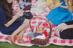 :: picnic ::