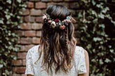 Labude Koeln - Boho Bridal Styling Boho Hairstyle Brautfrisur im Bohemian Stil H. - Blumenkranz , Labude Koeln - Boho Bridal Styling Boho Hairstyle Brautfrisur im Bohemian Stil H. Labude Koeln - Boho Brautstyling Boho Frisur Brautfrisur im böhmis. Romantic Wedding Hair, Vintage Wedding Hair, Boho Wedding, Hair Wedding, Hippie Wedding Hair, Trendy Wedding, Wedding Makeup, Wedding Ideas, Bohemian Hairstyles