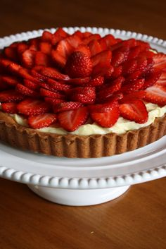 You searched for fresh strawberry tart - Lulu the Baker Just Desserts, Delicious Desserts, Dessert Recipes, Yummy Food, Yummy Treats, Sweet Treats, Mini Fruit Pizzas, Homemade Pastries, Strawberry Tart
