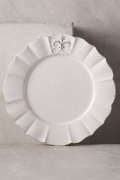 Shop the Fleur De Lys Dinner Plate and more Anthropologie at Anthropologie today. Read customer reviews, discover product details and more.