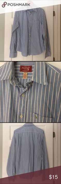 Men's Abercrombie muscle button-up, size large Men's Abercrombie & Fitch muscle shirt, button down. Excellent condition and only worn a few times. Size large. Abercrombie & Fitch Shirts Casual Button Down Shirts