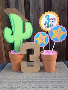 Decoración mesa chicos. Sheriff Callie Birthday Party Centerpiece Birthday by DoItAllDiva