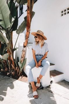 Summer Basics: They'll Never Go Out Of StyleYou can find Style clothes and more on our website.Summer Basics: They'll Never Go Out Of Style Boho Outfits, Vintage Outfits, Fashion Outfits, Fashion Trends, Casual Outfits, Fashion Tips, Fashion Ideas, Fashion Hacks, Fashion Websites