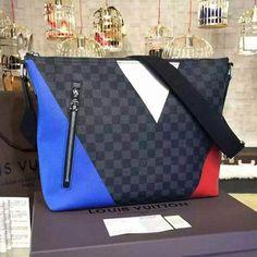 78081f83b1 louis vuitton handbags 2018 #Louisvuittonhandbags Sacoche Lv, Sac Des  Hommes Louis Vuitton, Sac