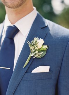 Sophisticated and handsome: http://www.stylemepretty.com/2015/08/26/elegant-whimsical-crane-estate-wedding/ | Photography: O'Malley Photographers - http://omalleyphotographers.com/