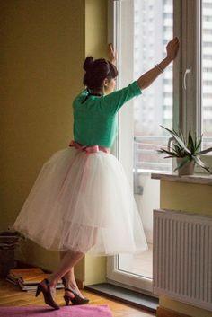 DIY tulle skirt for the froofy skirt bit. Dress in orange, tulle in slightly lighter orange, ribbon in turquoise?