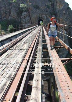 Trekking, Lisbon, Railroad Tracks, Travel Inspiration, Travel Destinations, Trail, Places To Visit, Around The Worlds, Relax